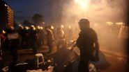 Tränengas, Steine und Wasserwerfer: Straßenschlachten erschüttern Istanbul