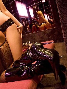 Sex ist käuflich: In einem Bordell, bei einem Escort-Service, im Internet oder auf dem Straßenstrich.