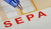 Gehälter in Gefahr?: Firmen verbummeln SEPA-Einführung
