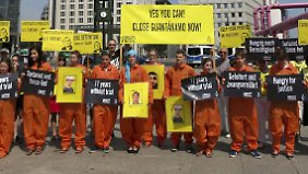 """Yes you can, close Guantanamo now"" fordern die Protestler von Amnesty International."