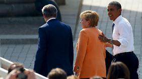 Nach einer Dreiviertelstunde endet Obamas Auftritt am Brandenburger Tor.