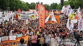 Nach Veranstalterangaben kamen 80.000 Menschen zu dem Protest in Köln.