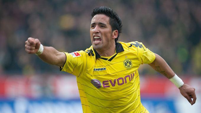 Stürmer, der noch Ziele hat: Lucas Barrios will wieder zurück in die Bundesliga.