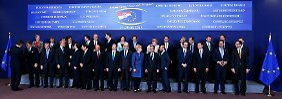 Gipfel nimmt sich Jugendarbeitslosigkeit an: EU zurrt Budget endgültig fest