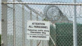 """Die Aufnahme zeigt den """"Dagger Complex"""" der US-Army bei Griesheim. Das massiv gesicherte Gelände wird vom US-Militär betrieben und soll unter anderem vom US-Geheimdienst NSA genutzt werden."""