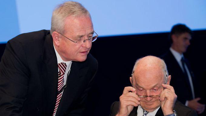 VW-Chef Martin Winterkorn (l.) erhielt das höchste Gehalt aller Dax-Vorstandschefs