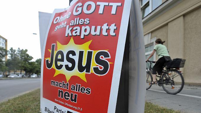 Besonders bibeltreue Wähler werden bei den Kleinparteien fündig.