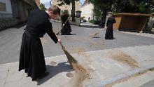 Die umstrittene Piusbruderschaft sorgt auch in der katholischen Kirche in Deutschland für Ärger.