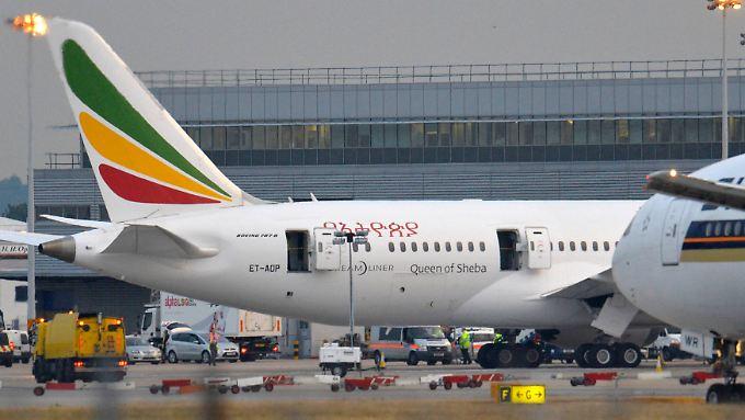 Die Experten machten den Brandherd im Heck des Flugzeuges aus.
