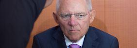 Datenschutzbeauftragte schreiben Brief an Merkel: Schäuble versteht Aufregung um Prism nicht
