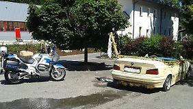 Um eine Weiterfahrt zu verhindern, ließ der Beamte die Luft aus den Reifen.