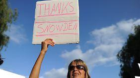 Nicht nur in Hamburg, sondern weltweit demonstrierten Menschen gegen die Spähpraktiken der NSA.