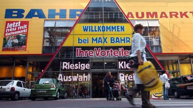 Was mit den umfirmierten Max-Bahr-Filialen passiert, ist ungewiss. Bislang gibt es keinen Investor, nur Verhandlungen und Gespräche.