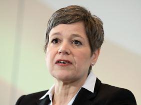 """""""Die Neuausrichtung nimmt Fahrt auf"""": Lufthansa-Finanzvorstand Simone Menne (Archivbild)."""