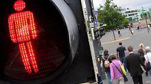 Einfach über die Straße?: Das gilt für Fußgängerampeln