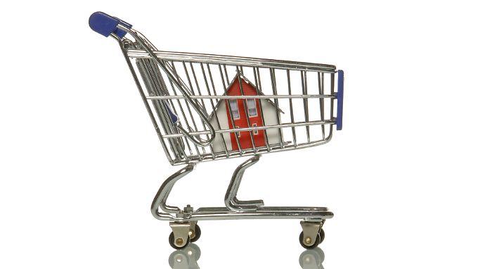 Immobilienkredit vorzeitig auflösen: Widerrufsbelehrungen der Banken oft unwirksam
