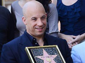 Vin Diesel ist sichtlich stolz.