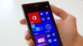 Zwei strauchelnde Riesen: Microsoft übernimmt Handy-Geschäft von Nokia