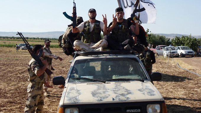 Rund die Hälfte der syrischen Rebellen sollen laut einer Studie Islamisten sein.