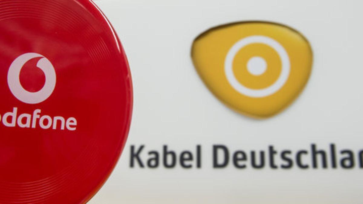 bernahme von kabel deutschland vodafone r ckt der deutschen telekom auf die pelle n. Black Bedroom Furniture Sets. Home Design Ideas