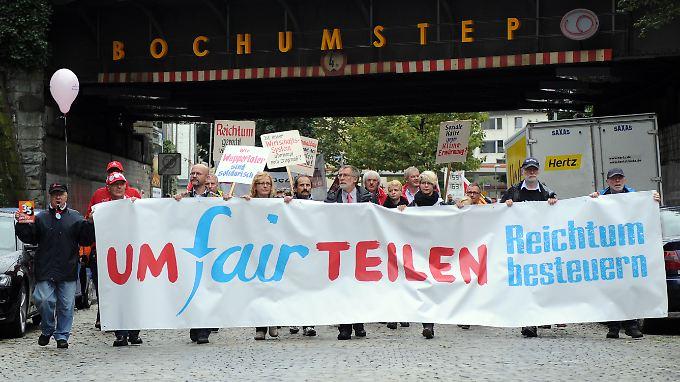 In Bochum organisierte das Bündnis einen Sternmarsch. Rund 12.000 Menschen nahmen daran teil.