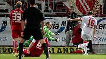 Helmes bringt die Kölner mit einem frühen 1:0 gleich auf Siegeskurs.
