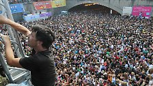Drückende Enge, Angst, Panik: Die Minuten der Katastrophe in Duisburg