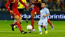Der kleinste Spieler ist übrigens nicht Mathieu Valbuena (r.), der mit Olympique Marseille in der Vorrunde auf Borussia Dortmund trifft.