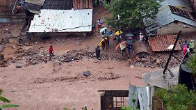 Dutzende Menschen sterben: Zwei Stürme nehmen Mexiko in die Zange