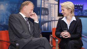 Man versteht sich ganz gut: Grünen-Spitzenkandidat Trittin mit Arbeitsministerin von der Leyen.