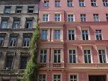 Vor allem für Immobillienbesitzer ist ein Forward-Darlehen sinnvoll, da sie damit ihr Zinsniveau halten können.