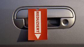 Neue Rabattrekorde auf Automarkt: Autohersteller fahren Verluste ein