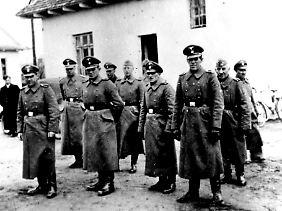 Die Aufnahme aus dem Yad-Vashem-Archiv in Jerusalem entstand 1942 im deutschen Vernichtungslager Belzec.