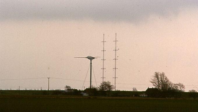 """Ein Windkraftriese mit Startproblemen: Die Versuchsanlage """"Growian"""" scheitert grandios und bereitet dennoch den Weg für die Windenergie-Nutzung in Deutschland."""