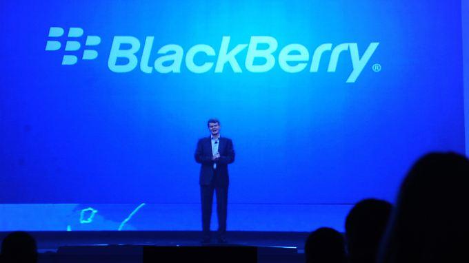 Der chinesische PC-Hersteller Lenovo prüft offenbar eine Übernahme von Blackberry.