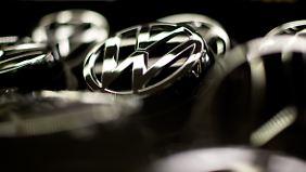 Strategie scheint aufzugehen: VW pirscht sich langsam an Toyota heran