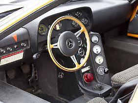Innen gleicht der C111 einem Versuchslabor.