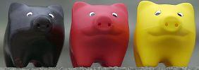 Schlechte Zeiten für Sparschweine: Geld auf der hohen Kante scheint sich derzeit nicht zu lohnen.