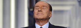 """Berlusconi verlangt Begnadigung: Toiletten putzen mag der """"Cavaliere"""" nicht"""