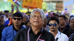 Aufrührer in Schwarz: Suthep Thaungsuban