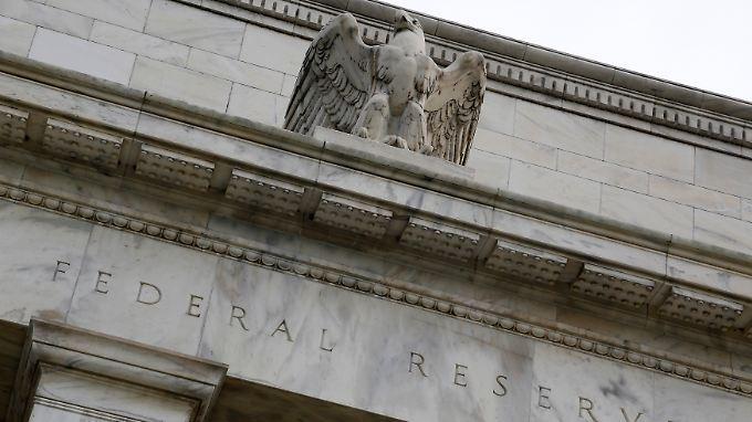 Sogar langjährige Befürworter der ultralockeren Geldpolitik sehen Anlass, die Geldflut einzudämmen.