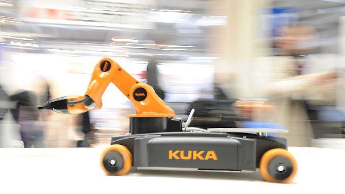 Kuka rüstet in China auf - und will vom dortigen Wirtschaftsboom profitieren.