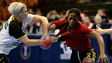 Viertelfinale ist perfekt: DHB-Frauen träumen von WM-Medaille
