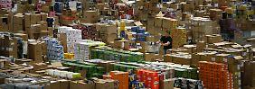 """""""Die Beschäftigten bei Amazon leisten hervorragende Arbeit, die vor Weihnachten in Höchstleistungen ausartet."""""""