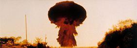 """Der Film """"The Day After - Der Tag danach"""" von Nicholas Meyer spielt die Auswirkungen eines Atomkriegs in den USA durch."""
