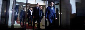 Polizeichef Huseyin Capkin verlässt das Hauptgebäude der türkischen Polizei in Istanbul.