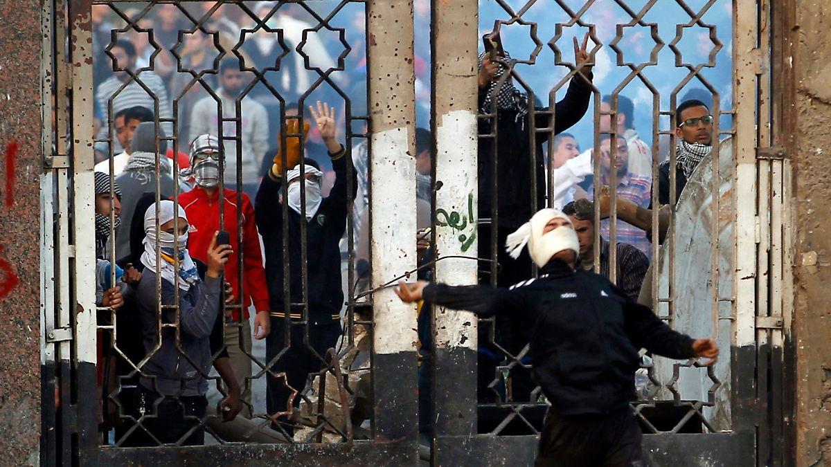 Warum Ägypten gefährlich taumelt