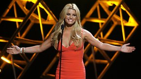 Promi-News des Tages: Jessica Simpson hungert sich ins Brautkleid