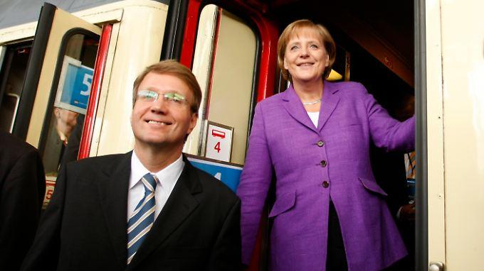 Ronald Pofalla und Angela Merkel im Wahlkampf 2009.