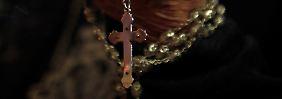 """""""Unfassbare Gräueltaten"""": Christen werden weltweit verfolgt"""